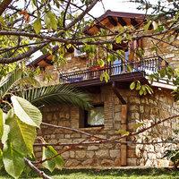 La Casa sulla Collina d'Oro