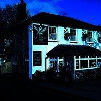 Peterville Inn & Surf Lodge