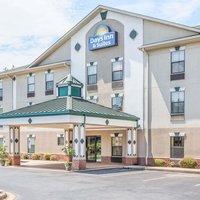 Days Inn & Suites by Wyndham Morganton