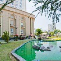5-star Tan Son Nhat Hotel