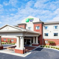 Holiday Inn Express Hotel & Suites Rocky Mount / Smith Mountain Lake