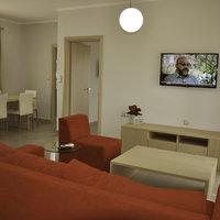 Daniel Apartments & Suites