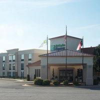 Holiday Inn Express Hickory - Hickory Mart