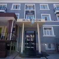 Mildom Apartments