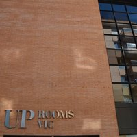 Hotel Up Rooms Vic