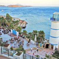 Lighthouse Beach Hotel