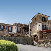 Hermitage Hotel & Apartments
