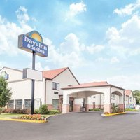 Days Inn & Suites by Wyndham Seaford