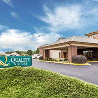 Quality Suites Convention Center