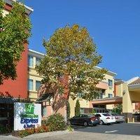 Holiday Inn Express & Suites Berkely