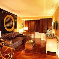 Double Tree by Hilton Bangkok Ploenchit