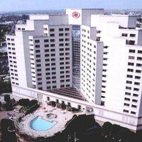Hilton Long Beach & Executive Meeting Center