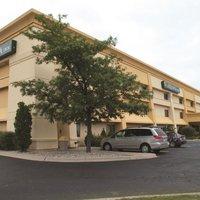 La Quinta Inn & Suites Detroit Southgate