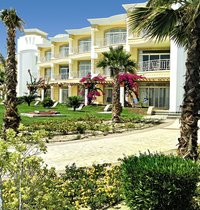 SENTIDO Palm Royale
