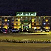 Sandman Hotel Calgary Airport