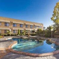 Best Western Plus Garden City Hotel