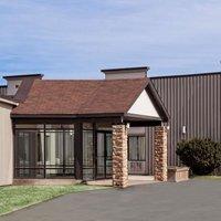 Howard Johnson Inn & Suites Miramichi