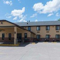 Baymont Inn & Suites Pierre