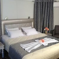 Chrissa Camping Rooms & Bungalows