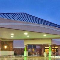Ramada Plaza Rochester Airport
