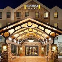 Staybridge Suites Dearborn Michigan Avenue