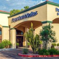 Days Inn & Suites Scottsdale North