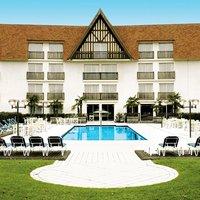 Amirauté Hotel