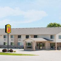Super 8 Motel - Humboldt