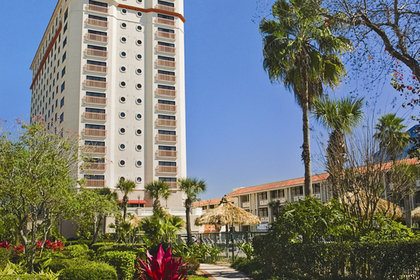 Doubletree by Hilton Orlando at Sea...