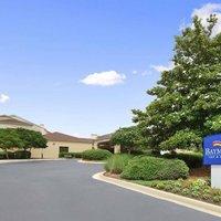 Baymont Inn & Suites Northwest