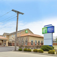 Holiday Inn Express & Suites Cincinnati-North / Sharonville