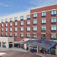 Hampton Inn & Suites Chapel Hill-Carrboro/Downtown