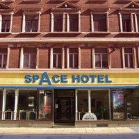 """Space Hotel im Campus der """"Jesco von Puttkamer Schule"""""""