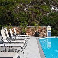 Hotel at Waterfront Whitsunday Retreat
