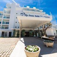Sky Senses Hotel