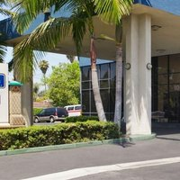 Travelodge Anaheim Inn & Suite on Disneyland Drive