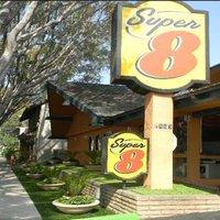 Super 8 Motel - Pasadena/La Area