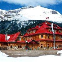Simpson's Num-Ti-Jah Lodge