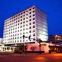 Pullman Plaza Huntington