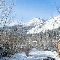 Three Bedroom Teton Village Homes by JHRL