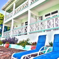 Four Springs Villa & Inn