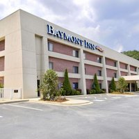 Baymont Inn & Suites Cherokee Smoky Mountains