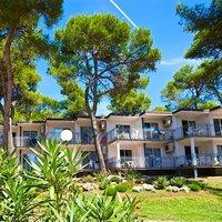 Verudela Beach & Villa Resort by Interhome