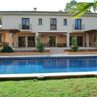 Villa Costix