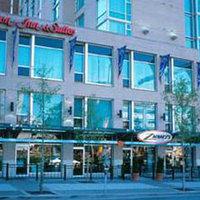 Hampton Inn & Suites by Hilton Vancouver Downtown