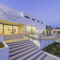Eagles Nest Hotel
