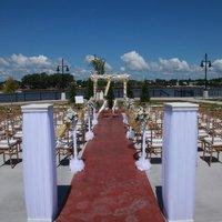 DoubleTree by Hilton Hotel Bay City - Riverfront