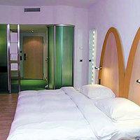 Park Inn by Radisson Zürich Airport Hotel