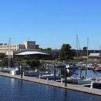 Bridge Point Hotel & Marina