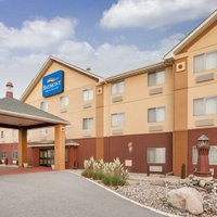 Baymont Inn & Suites Conference Center South Haven